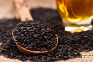 Health Benefits of Black Sesame Seeds - Seeds and oil